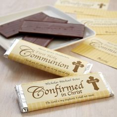 Send Communion/Confirmation Candy Bar Wrappers from Personal Creations. Catholic Confirmation, Confirmation Cakes, Confirmation Sponsor, First Communion Party, First Holy Communion, Communion Favors, Communion Cakes, Cake Paris, Candy Bar Wrappers