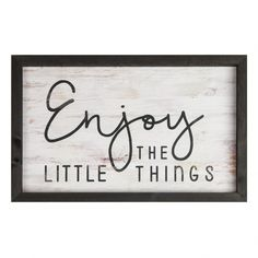Excellent modern farmhouse decor are readily available on our internet site. Take a look and you wont be sorry you did. Farmhouse Frames, Farmhouse Bedroom Decor, Farmhouse Style Kitchen, Modern Farmhouse Decor, Rustic Decor, Rustic Farmhouse, Cottage Farmhouse, Farmhouse Signs, Coastal Decor