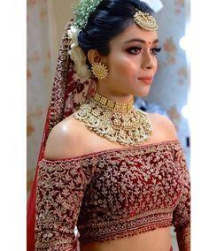 Indian Bridal Makeup, Indian Bridal Outfits, Indian Bridal Fashion, Bridal Dresses, Blouse Back Neck Designs, Blouse Designs, Blouse Patterns, Half Saree Designs, Lehenga Designs