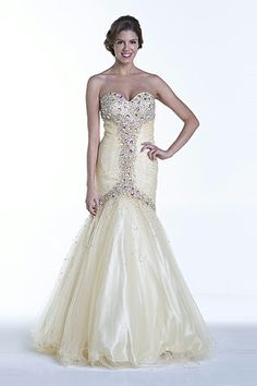 La Femme 20050 at Prom Dress Shop - Prom/Formal Dresses ...