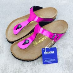 {Birkenstock} Mirror Pink Arizona Sandals Color: mirror pink, soft footbed, size 39 EUR. Brand new, never been worn. ❗️Price is firm, even when bundled❗️  ❌ No Trades/ No PayPal  ❌ No Lowballing  ✅ Bundle Discounts ✅ Ship Same or Next Day  % Authentic Birkenstock Shoes Sandals