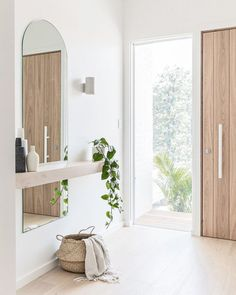 Cheap Home Decor .Cheap Home Decor Home Interior Design, Interior Decorating, Decorating Stairs, Decorating Bathrooms, Apartments Decorating, Decorating Kitchen, Interior Plants, Interior Ideas, Decorating Ideas