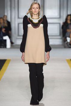 Giambattista Valli Fall 2015 Ready-to-Wear Fashion Show - Paula Galecka