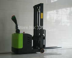 0.5T 2.5M small electric pallet lift can come into elevator and work in narrow <font><b>space</b></font>, well used in bank, and different floors