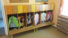 Hanson óvodai öltözőszekrény - Óvodai bútor, teljes óvodai berendezés - LOLA OviBútor  2 osztásos 40 cm széles két személyes