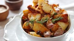 Are these the world's best roast potatoes? Golden, hearty and crunchy, duck-fat potatoes are all they're quacked up to be. Perfect Roast Potatoes, Wine Recipes, Cooking Recipes, Meal Recipes, Rosemary Recipes, Cooking Fails, Heston Blumenthal, Pub Food, Food Obsession