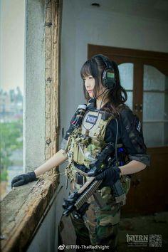 Girls with Guns ❤💜💗💖💟💛💚💙