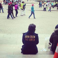 #whokilledtheworld at #womensmarchwashington  We rested on the steps of the NGA Library. #mynga