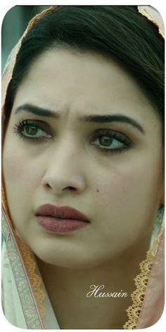 Indian Actress Photos, Indian Bollywood Actress, Bollywood Girls, Indian Actresses, Rani Mukerji, Bold Necklace, Pakistani Girl, Most Beautiful Indian Actress, Katrina Kaif