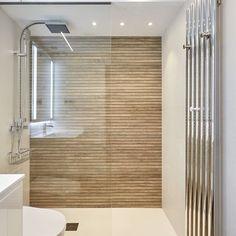 Bathroom Design Small, Bathroom Interior Design, Behindertengerechtes Bad, Monkey Bath, Feng Shui, Vacation Apartments, Bathroom Design Inspiration, Bath Remodel, Master Bathroom