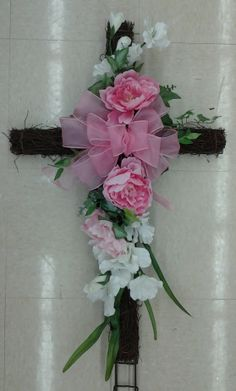 Floral Design, Spring Remembrance Cross, by Renee Corbin: Michael's of Waynesville, NC Grave Flowers, Cemetery Flowers, Funeral Flowers, Colorful Flowers, Pink Flowers, Online Church, Funeral Sprays, Cross Wreath, Memorial Flowers