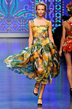 Dolce & Gabbana, Spring 2012. The entire collection is brills.