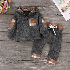 Shop Toddler Boys Plaid Elbow Patched Hoodie With Pants online. SHEIN offers Toddler Boys Plaid Elbow Patched Hoodie With Pants & more to fit your fashionable needs. Cute Baby Boy Outfits, Matching Family Outfits, Baby Outfits Newborn, Cute Baby Clothes, Baby Boy Newborn, Kids Outfits, Winter Baby Clothes, Babies Clothes, Baby Gap