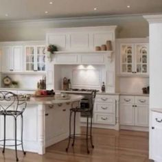 12 Awesome Kitchen Lighting Fixture Plans To Complement The Spa In Your Apartment Kitchen Lighting Over Table, Modern Kitchen Lighting, Kitchen Lighting Fixtures, Kitchen Lamps, Table Lighting, Kitchen Modern, Light Fixtures, Country Kitchen Cabinets, Farmhouse Kitchen Decor
