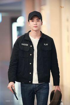 Rowoon | SF9 Handsome Korean Actors, Johnny Seo, Sf 9, Drama Korea, Kdrama Actors, K Idol, Seong, Fine Men, Asian Boys