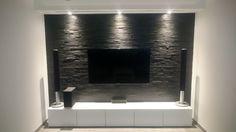 Wohnzimmer Naturstein Verblender mit Beleuchtung