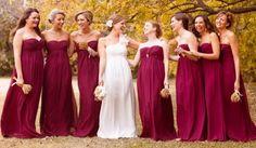 wedding in autumn purple bridesmaid dresses / matrimonio in autunno abiti da damigella porpora