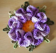 Crochet Camelia Flower, chart and link to video tutorial (not in En)