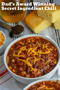 Dad's award winning secret ingredient chili is a hearty one pot, 15 minute chili full of big flavors and a couple unexpected secret ingredients. Best Chili Recipe, Chilli Recipes, Crockpot Recipes, Cooking Recipes, Healthy Recipes, Chili Recipe With Coffee, Stove Top Chili Recipe, Chili Bowl Recipe, Cooking Fish