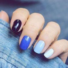 Degradado en azul para tus uñas ¿Quieres probar?  www.ilovecosmetics.com/es/unas/33-set-de-esmalte-de-un-8713885023294.html