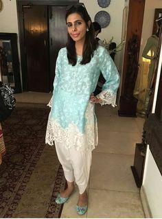 c869d9cb04 Pakistani outfit by Maheen Ghani Taseer. Truck art khussay. Truck Art, Long  Tops