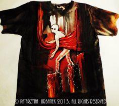 "T-shirt "" behind my eyes V..."" malowany ręcznie,farby tekstylne na koszulce Fruit of the Loom © Katarzyna Urbanek , All rights reserved"