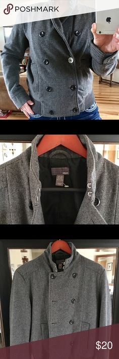 H&M WOOL JACKET : PEACOAT SZ M/L (38R on tag) H&M WOOL JACKET : PEACOAT SZ M/L (38R on tag)- LINER EXCELLENT WITH TWO DEEP INSIDE POCKETS H&M Jackets & Coats Pea Coats