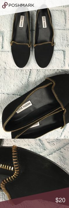 "Steve Madden Crzytalk Black Zipper Lined Flats Steve Madden CRZYtalk Black slide on flats with zipper accent around the edge. 	•	Good used condition - some light wear to bottom denoted in photos.  Very light wear to where zipper accent attaches to show as denoted in photos.  A little bit of light scuffing where shoes rub together on inners.  Otherwise free of any damage and clean and ready to wear 	•	Size 8.5 with a 1/2"" heel Steve Madden Shoes Flats & Loafers"