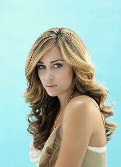 Lauren Conrad curly hairstyle