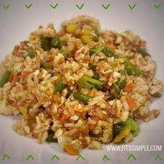 21 Day Fix Approved Fried Rice (1 Yellow, 1/2 Red, 1 Green, 2 Tsp) // 21 Day Fix // fitness // fitspo // workout // motivation // exercise // Meal Prep // diet // nutrition // Inspiration // fitfood // fitfam // clean eating // recipe // recipes