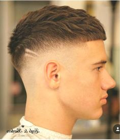 short mens hairstyles which look gorgeous. short mens hairstyles which look g Mens Haircuts Short Hair, Young Men Haircuts, Hairstyles Haircuts, High Fade Haircut, Crop Haircut, Hair And Beard Styles, Short Hair Styles, Gents Hair Style, Asian Short Hair