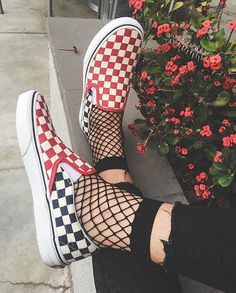 Shop new-season looks from the latest range of men's, women's and kids' shoes, clothes and backpacks at Vans. Sock Shoes, Cute Shoes, Vans Shoes, Me Too Shoes, Oxford Shoes, Vans Footwear, Vans Sneakers, Mode Grunge, 90s Grunge