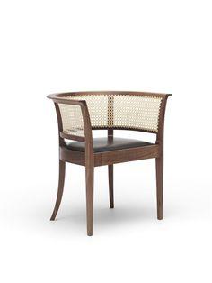 Faaborg_Chair_walnut_side.jpg