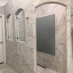 Love this herringbone accent done in our Islandia Hawaii glass tile. Paired with Marmol Venatino, it definitely says Aloha! #glasstile #showerideas https://www.arizonatile.com/en/products/glass/islandia-glass