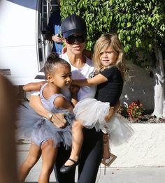 Kourtney Kardashian Photos - Kourtney Kardashian Takes Penelope And North To Dance Class - Zimbio