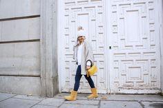THEULIFESTYLE | blog de moda decoracion y lifestyle#theulifestyle #fashionblogger #style #blogger #personalstyle #fashion #look #moda #streetstyle #outfitoftheday #zaradaily #wiw #wiwt #ootd #hat #pompom #white #winter