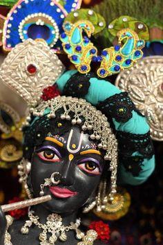 Krishna Hindu, Radha Krishna Love Quotes, Jai Shree Krishna, Lord Krishna Images, Krishna Bhagwan, Lord Krishna Hd Wallpaper