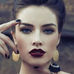Burgundy Lips (Beauty Look) | ipsy. Light gray on the eyes, with defined eyebrows and burgundy lips