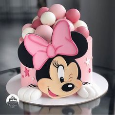 When r we gonna meet ? I hope I get well soon . Mickey And Minnie Cake, Bolo Minnie, Mickey Mouse Cupcakes, Mickey Cakes, Mini Mouse Birthday Cake, Baby Birthday Cakes, Minnie Birthday, Girl Cakes, Cute Cakes