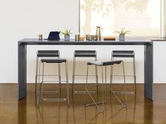 Avelina meeting tables - bar height. Arcadia. Beautifully structured, with an emphasis on subtle details and expert craftsmanship, Avelina is more than a pretty face. Concealed wire management, tech-friendly options and adjustable glides are among its true strengths, followed by its broad range of flexibility in sizes and finish selections. Well-suited for casual meeting spaces, co-working stations, collaborative areas and more