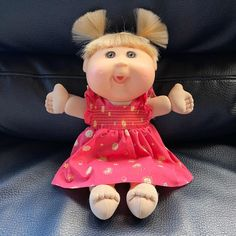 Cabbage Patch Kids doll Very minor flaws on hand as shown. Flaws on dress as shown. Very minor pink specks on face. Cabbage Patch Kids Dolls, Girls Dresses, Flower Girl Dresses, Child Doll, Patches, Flaws, Toys, Wedding Dresses, Pink