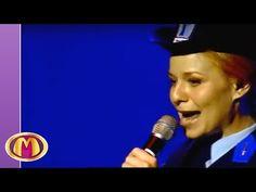 Mega Mindy - Ik Ben Mega Mindy (Zomerfestival 2007) - YouTube