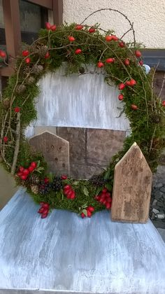 Autumn wreath with wooden houses Shabby Chic Christmas, Christmas Deco, Christmas And New Year, Christmas Wreaths, Wreaths For Front Door, Door Wreaths, Christmas Blessings, Christmas Flowers, Autumn Wreaths