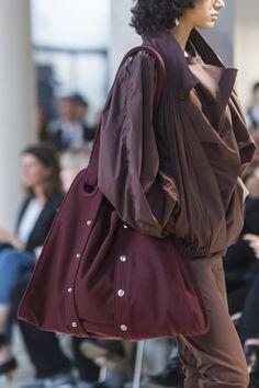 Lemaire Spring 2018 Fashion Show Details - The Impression