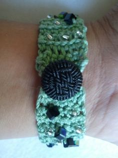Crochet bracelet with glass beads and decorative by Cherie4e, $10.00