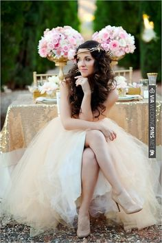 gold bridal looks | CHECK OUT MORE IDEAS AT WEDDINGPINS.NET | #weddinghair
