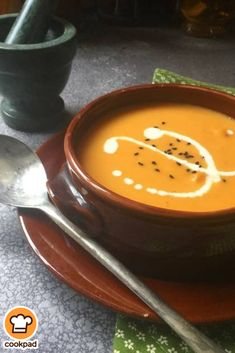 #Βελουτέ #κολοκυθόσουπα #pumpkin #soup Soup Recipes, Cooking Recipes, Soup And Sandwich, Allrecipes, Natural Remedies, Sandwiches, Food Porn, Food And Drink, Pudding