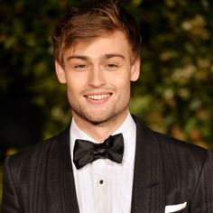 10 Hot British Boys that Will Have You Craving Bangers and Mash