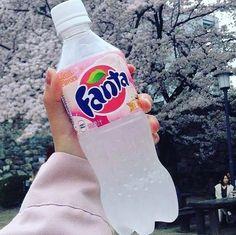 Enjoy the refreshing tastes of Fanta®. This fruity soda will make you Wanta Fanta! Japanese Candy, Japanese Sweets, Japanese Food, Japanese Drinks, Fun Drinks, Yummy Drinks, Yummy Food, Food And Drinks, Koi Tattoo Design