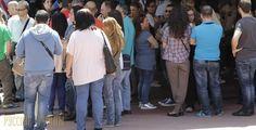 Более 1 миллиона безработных в Греции http://feedproxy.google.com/~r/russianathens/~3/ul67lQQY2dI/21574-bolee-1-milliona-bezrabotnykh-v-gretsii.html  Совокупность занятых составляет чуть более 3,6 миллиона человек, что на 0,9% выше в сравнении с мартом 2016 года.